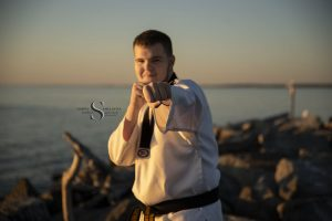 Read more about the article Raymond | CNY Senior Photographer