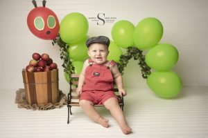 Read more about the article Knox's Cake Smash Session | CNY Baby Photographer